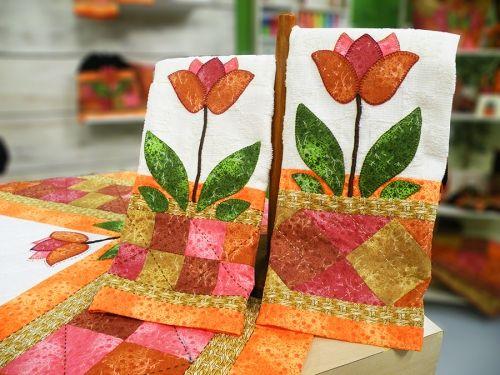 "Arte Brasil | Pano+de+Prato+""Tulipa+Rica"" - Marta+Faria"