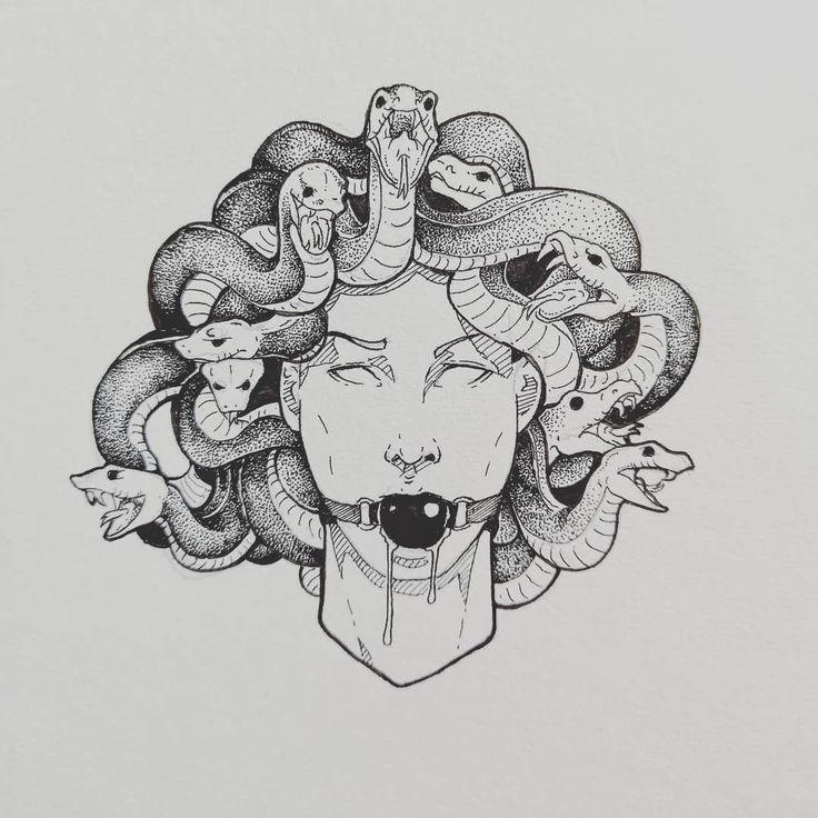 Schlangen sind Schlangen. Private Tätowierungskommission. Wenn Sie daran interessiert sind, eine zu bekommen …