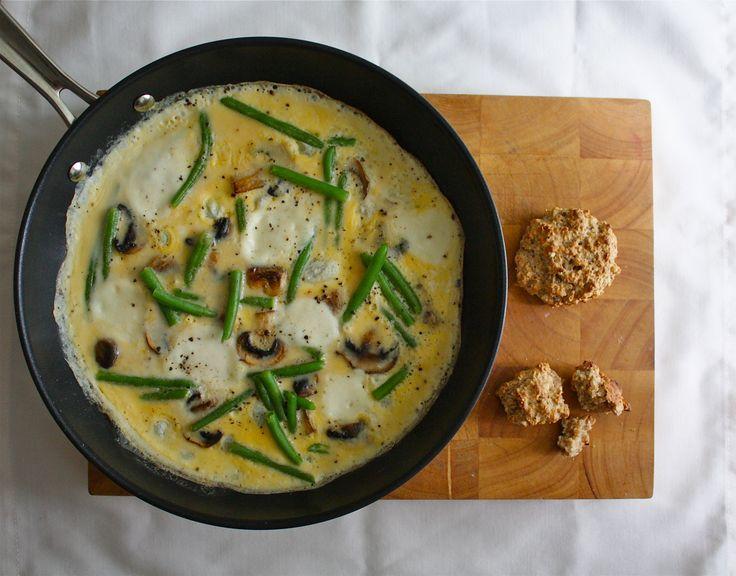 Mozzarella-mushrooms-green beans scrambled eggs | Oatmeal scones