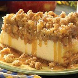 Apple Crisp Cheesecake for thanksgiving