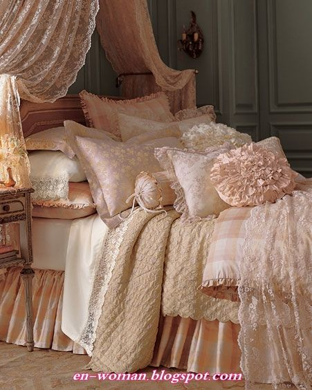 Feminine textures with soft shades of blush, peach, champagne and shimmery mother-of-pearl.