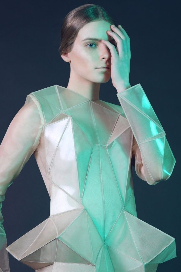 Irina Shaposhnikova developed a collection of garments with geometrical facets to accentuate the form of the female body.