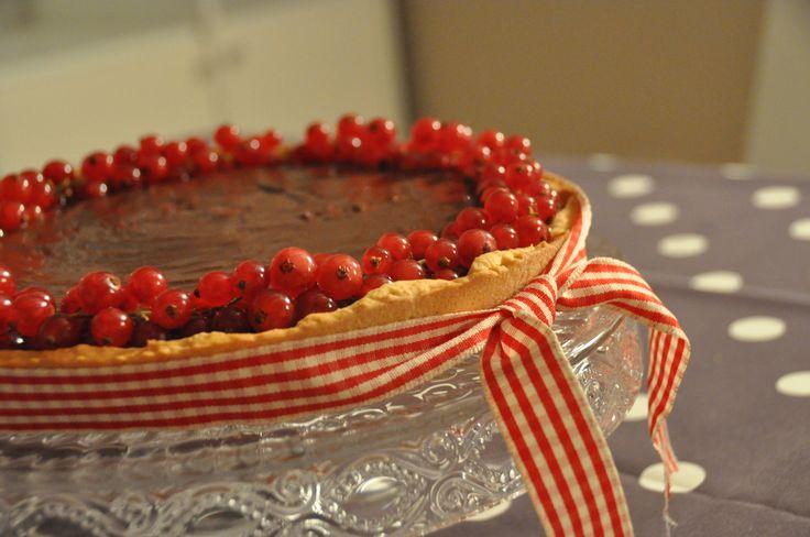 Crostata al cioccolato e ribes! Per i miei ospiti molto speciali! ;-)