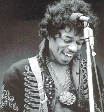 ( love him, Jimi Hendrix, probably one day ill call my son like you haha )