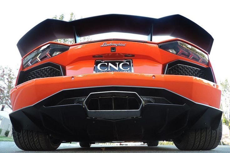 How loud did you say the exhaust was? Low angle rear view of the Misha Designs Aventador.