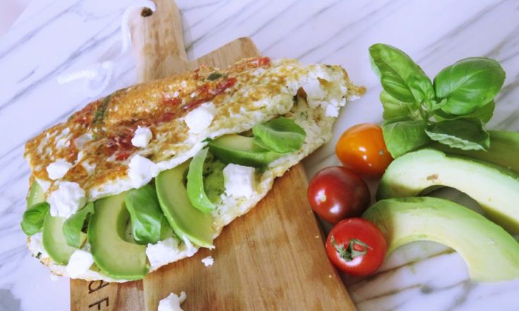 eiwit omelet met avocado en feta