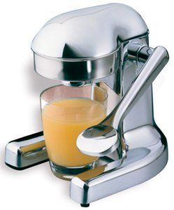 The #Metrokane #JuicePress has a classic style and will look great in your kitchen as well as provide you with that great cup of vitamin C juice you need every day. Read about it and buy one... http://www.veggiesensations.com/collections/citrus-juicers/products/juice-press-metrokane-mighty-oj-3502