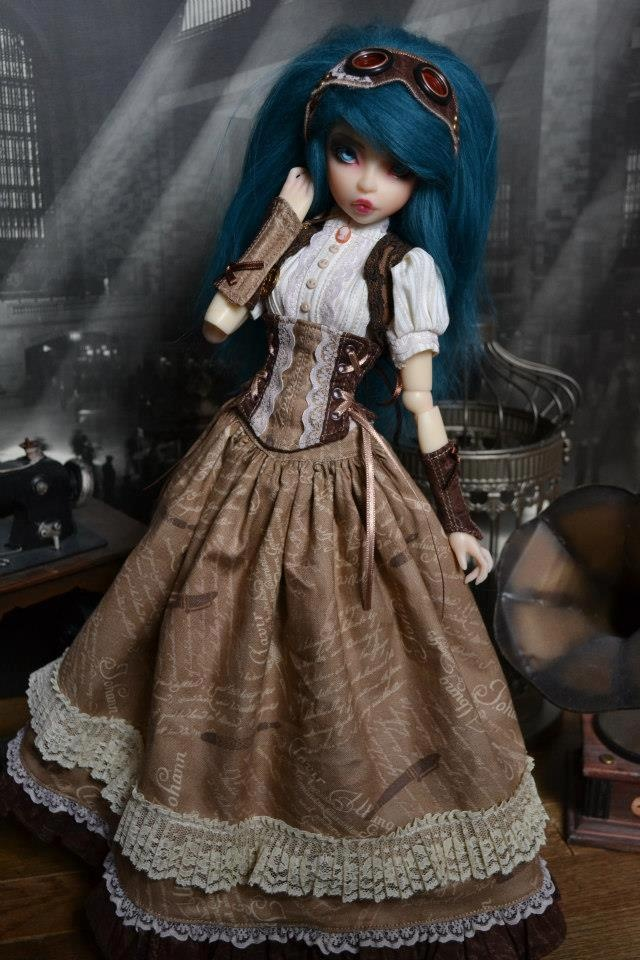 Steampunk Tendencies | Fairytales Treasures Dolls & Sewing #Doll #Victorian #Steampunk #Couture