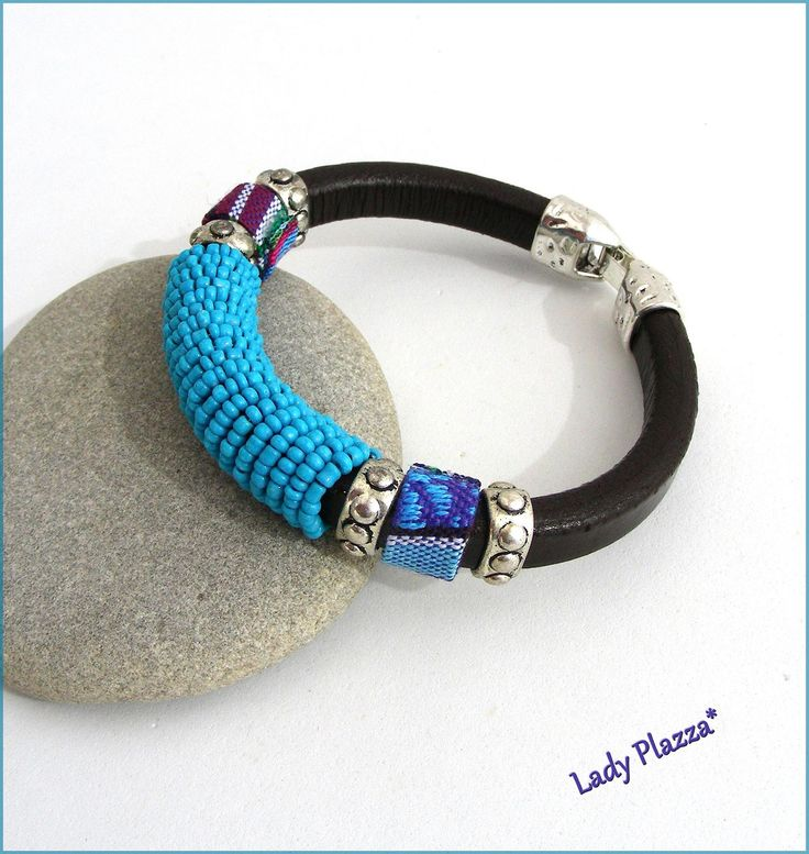 Bracelet Cuir épais noir -perles turquoises, cordon ethnique et métal : Bracelet par ladyplazza