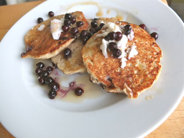 gluten-free-pancakes_joyoushealth: Gluten Free Vegan, Gluten Dairy Egg Free Pancakes, Real Food Recipes, Blueberry Banana Pancakes, Coconut Flour Pancakes, Healthy Recipes, Gluten Free Recipes, Gf Breakfast, Gluten Free Pancakes Banana