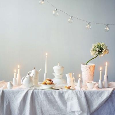 Julen er sesongen for selskapeligheter, hvor man gjerne gjør seg ekstra flid med borddekkingen. Her er inspirasjon til festbordet!