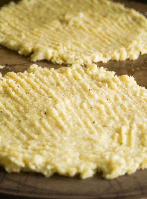 low calorie cauliflower flatbread