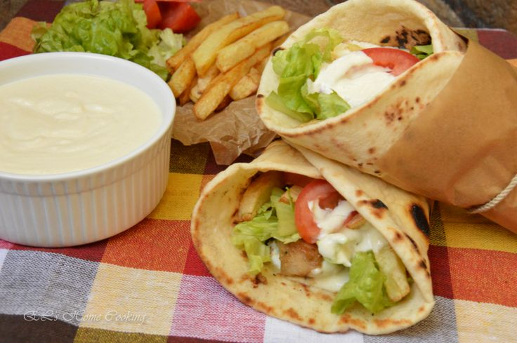EL's Home Cooking: Плоски питки за дюнери