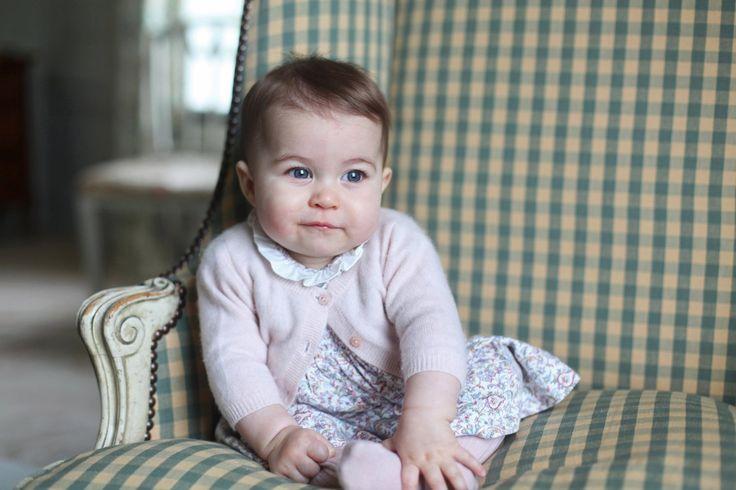 Bild zu Prinzessin Charlotte Fotos