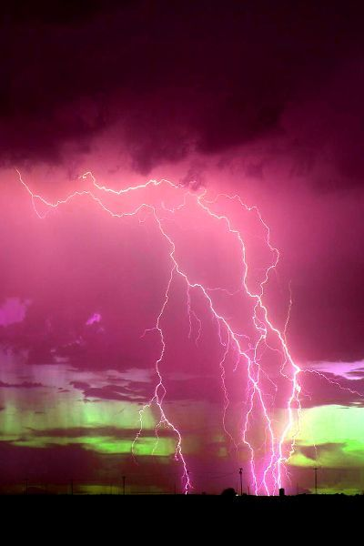 …•… lighting storm at dusk...