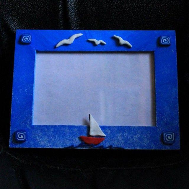 фоторамка; материалы: дерево, акриловые краски, полимерная глина. #photoframe #frame #blue #sea #birds #polymerclay #handmade #livemaster #interior #фоторамка #полимернаяглина #хендмейд #интерьер #декор