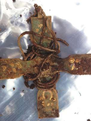 Viking treasure haul unearthed in Scotland - Early Medieval cross