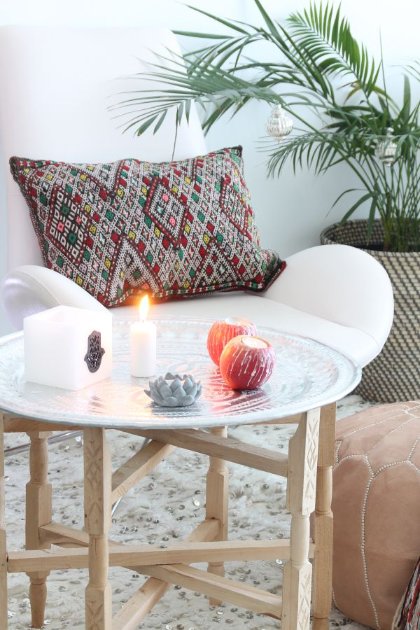 Decoracion Salones Yoga ~ Tray tables, Stand for and Navidad on Pinterest
