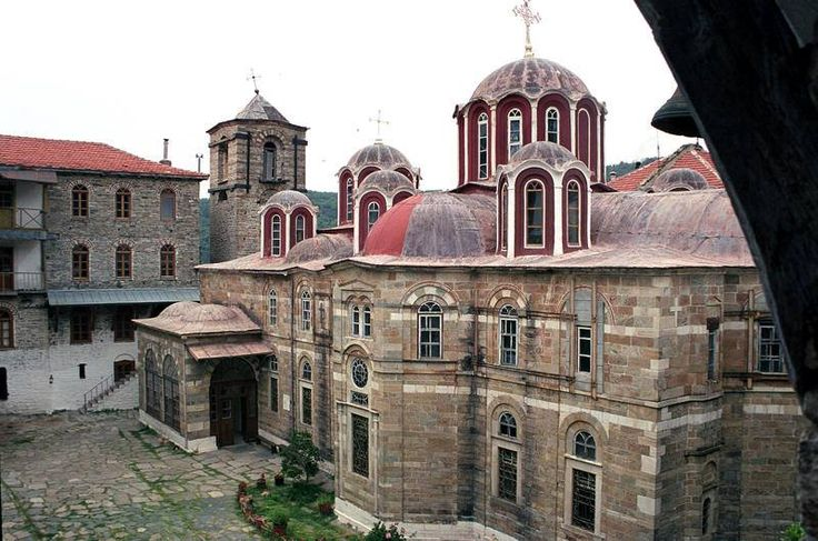 Το καθολικό της Ιεράς Μονής Κωσταμονίτου / The katholikon of the Holy Monastery of Konstamonitou