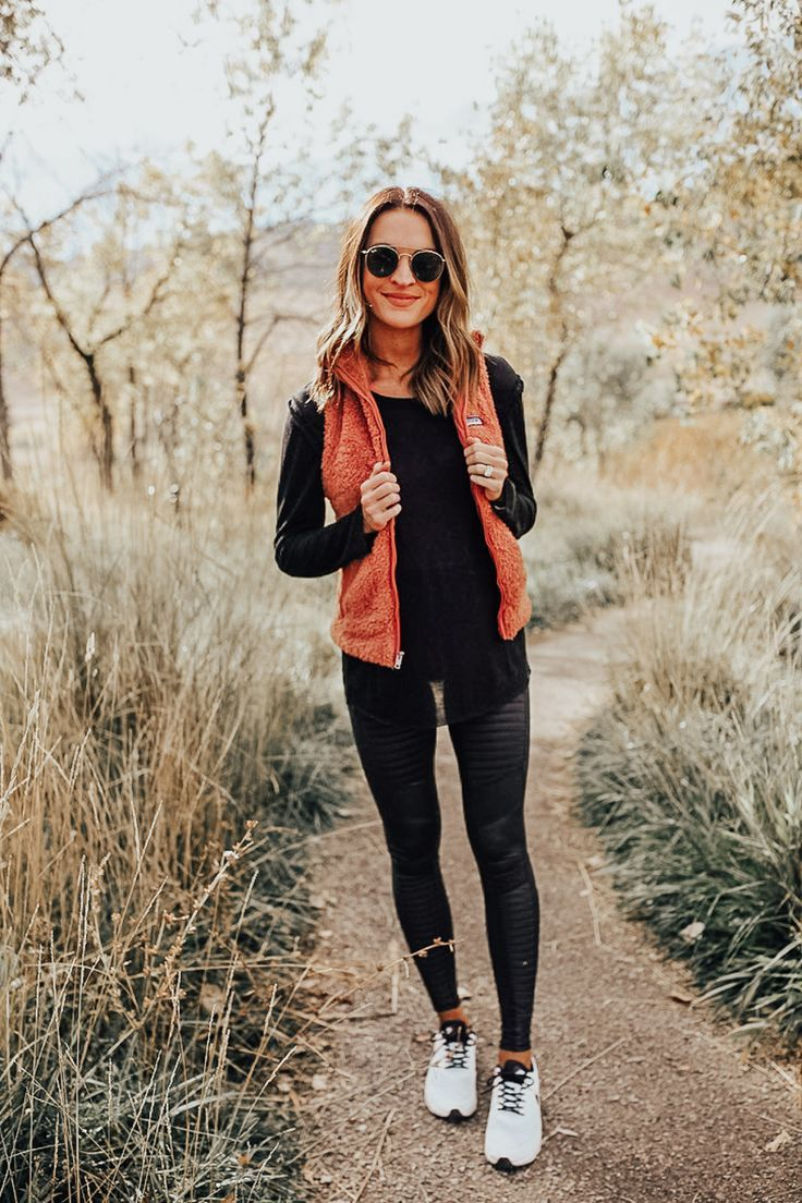 Staying Active In The Fall Lauren Kay Sims Comfy Casual Outfits Outfits With Leggings Sporty Outfits [ 1104 x 736 Pixel ]