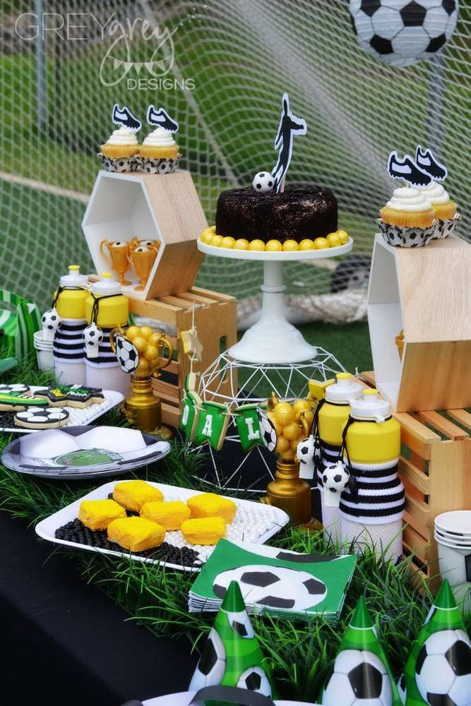 1000 Ideas About Soccer Birthday Parties On Pinterest