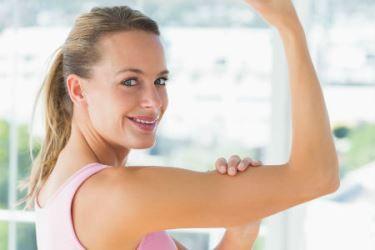 Braquioplastia: conheça os prós e contras da cirurgia que tira a flacidez dos braços