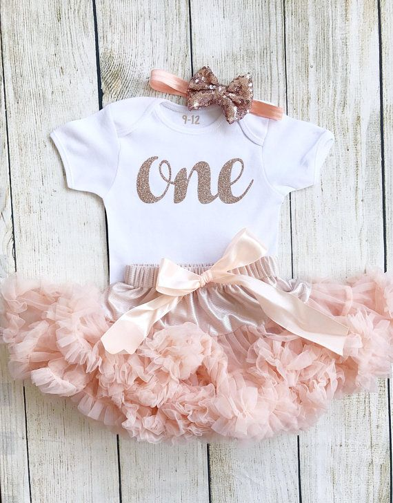 a050d3ce0ab9 Peach   Rose Gold 1st Birthday Baby Girl First Tutu Outfit Glitter Number  1st Cake Smash Photo Shoot Pettiskirt Bodysuit Vest One Baby Girl