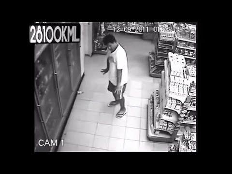 CCTV Camera, Kerasukan arwah penunggu toko