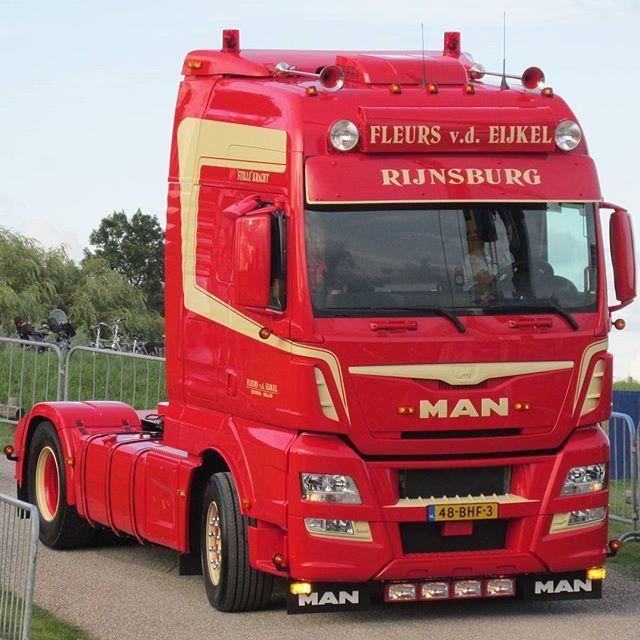 #man #fleursvdeijkel #rijnsburg #stillekracht #bloemenrijders #mantruck #newtruck #rooiezwaaiers #trucklights #mandiesel #vrachtwagen #lorry #lkw #goinstyle #truckspotten #truckspotting #truckmeeting #nogharder #lopik #nogharderlopik #nogharderlopik2016 #myphoto #truckspotternl