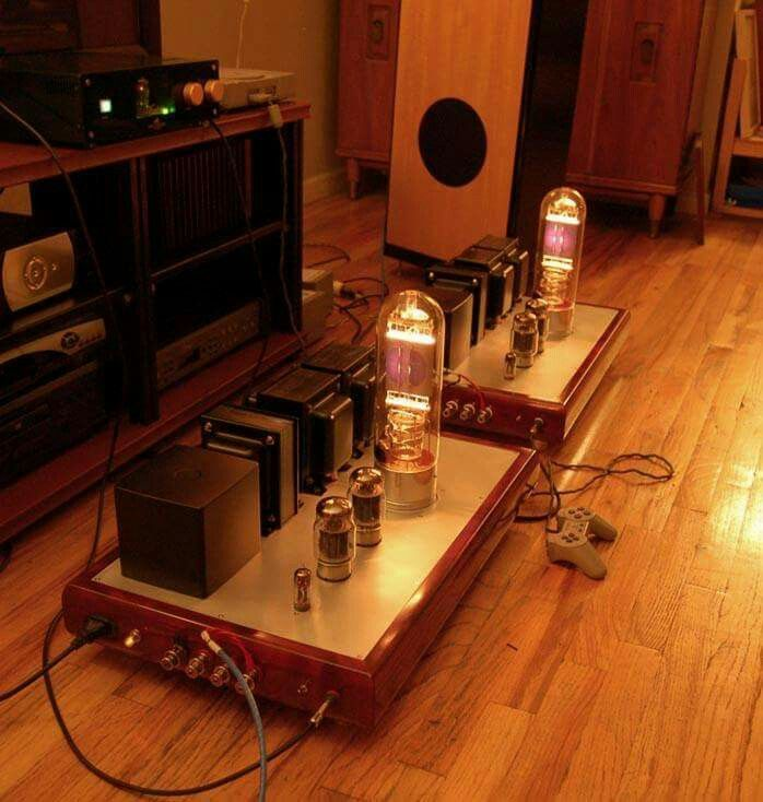 Komuro Western Electric 212E mono blocks  | High-end audio