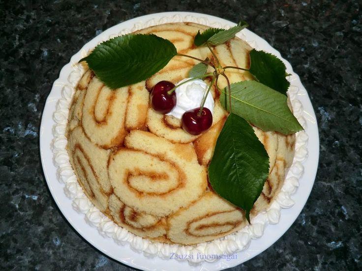 Charlotte torta cseresznyés-túrós töltelékkel