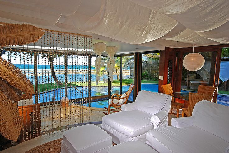 Nannai #Resort's rooms area of 55m2 and two large balconies (side and front) where you can enjoy an amazing view of the sea, For more visit now at http://www.hotelurbano.com.br/resort/nannai-resort/2361