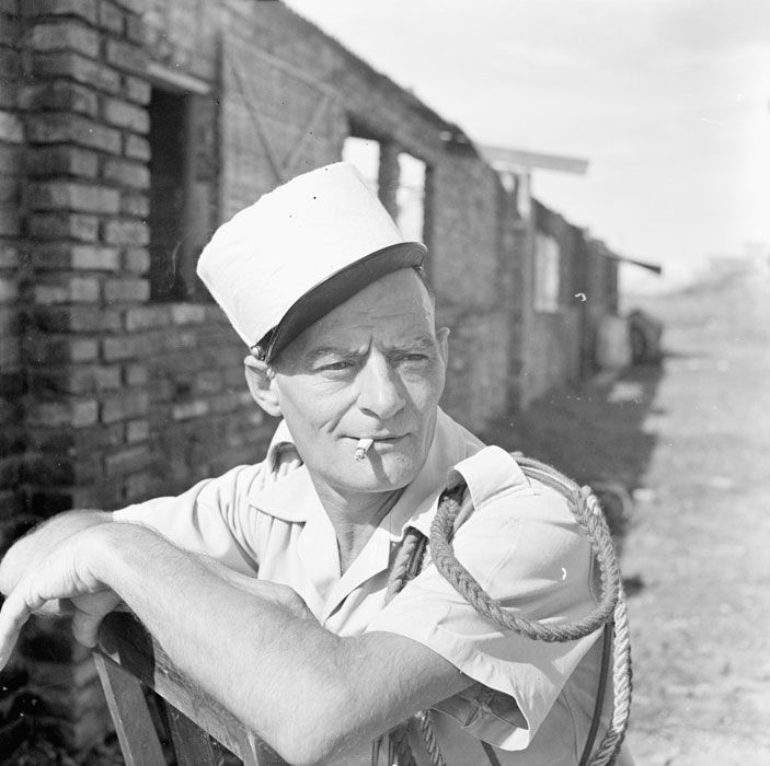 French; 3rd REI, 1st Battalion, 2nd Company, Legionnaire 1st Class. at Bac Ninh in September 1953. On his left shoulder can be seen the fourrageres in the colours of the Legion d'Honneur & Medaille Militaire, awarded to the regiment for numerous citation durinr WW I.