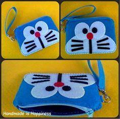 Monedero de Doraemon en fieltro