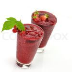 Ninja Blender Raspberry & Strawberry Smoothie | Ninja Blender Recipes that the Whole Family Can Make!