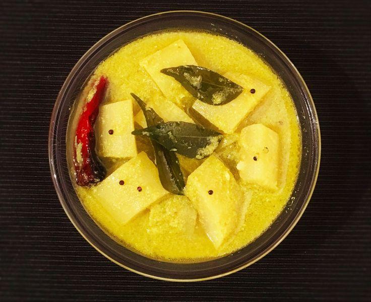 Majjige Huli (Bottle gourd in yogurt gravy) - SpicyTamarind