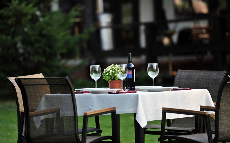 Relaxing at Hotel Zan Voineasa. www.haisitu.ro