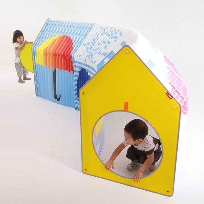 Accordion Play House-a foldable playhouse for small spaces Linked together