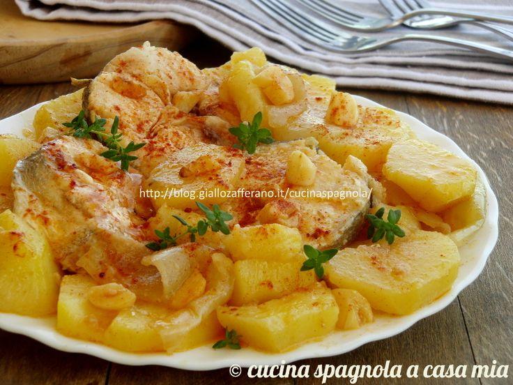 Il merluzzo alla galiziana (merluza a la gallega): ricetta originale spiegata passo a passo. Facile e veloce, condito con una ajada gustosa!