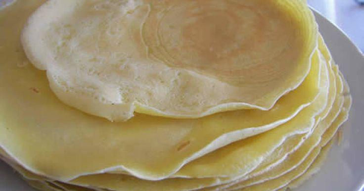 Εξαιρετική συνταγή για Κρέπες (βασική συνταγή). Φτιάξτε τις κρέπες και μετά γεμίστε τις με ό,τι υλικό θέλετε  Recipe by Sitronella
