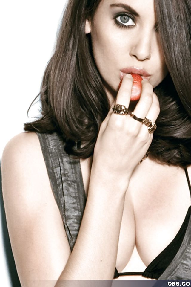 Alison Brie (American actress) #36427316 at【Pictoa】