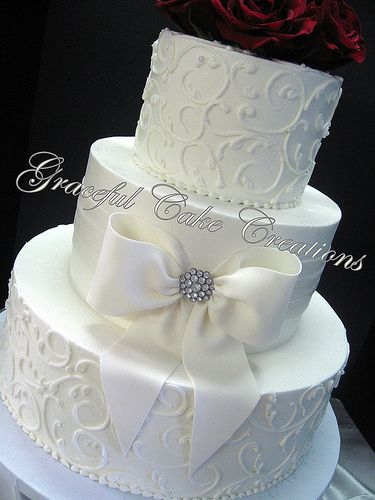wedding cakes with bows best 25 bow cakes ideas on 25990