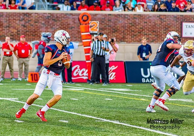 In celebration of a strong showing at the combine this week here are a couple in-game shots of @kylelauletta In this one Kyle Lauletta reaches the top of his dropback against Albany earlier this season. @spiderathletics @spiderfootball #spiderfootball #spiderathletics #richmondspiders #football #fcs #universityofrichmond #richmondspiders #sportsphotography #richmondphotographer #richmondva #caafootball #caa  #football #ifft #richmondphotographer #matthiasmillercreativeservices  #fb
