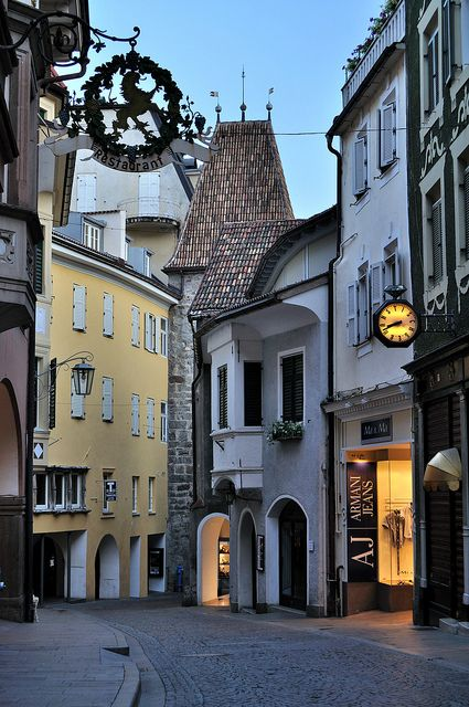 Merano, Bolzano, Südtirol - Perfekt mista zwischen italiano e deutsch :)