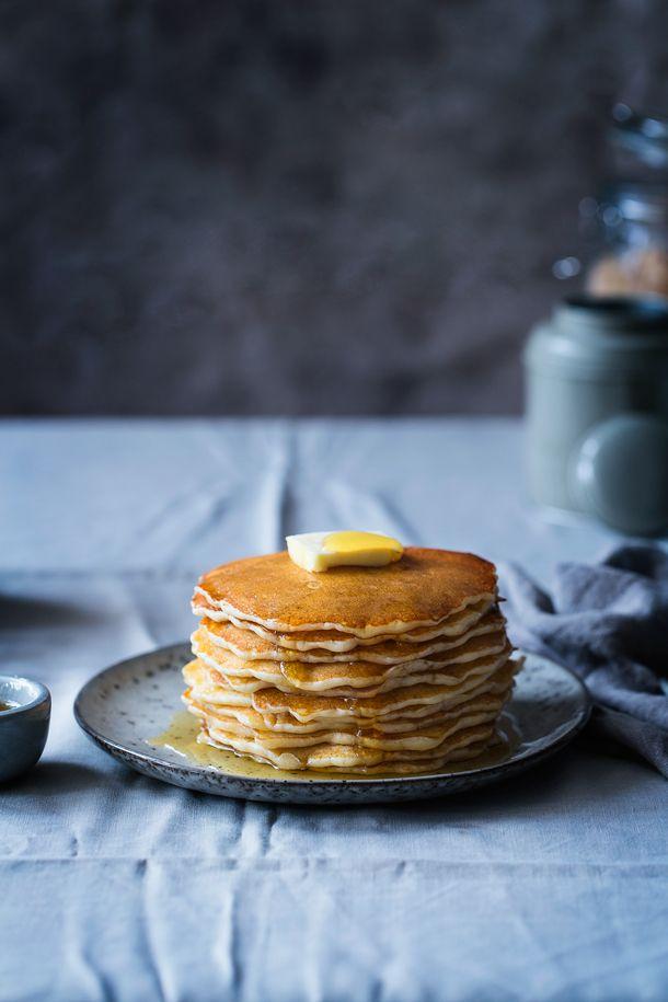 Easy Pancakes Recipe | Tortitas americanas  www.foodandcook.net