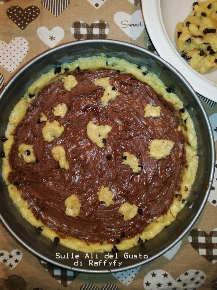Ingredienti 400 gr. circa di Farina 00 170 gr. Burro fuso freddo 100 gr. Zucchero 50 gr. Zucchero di Canna 1 Uovo+ 1 Tuorlo ...