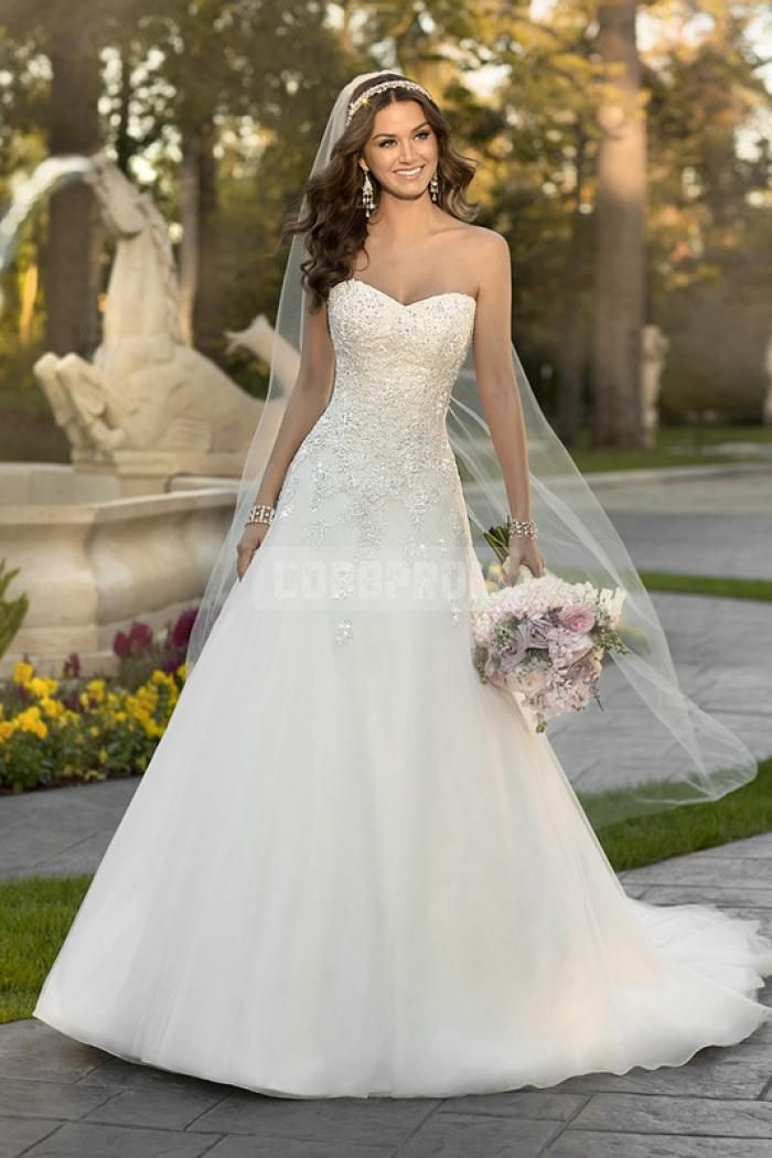 208 best Wedding Dresses images on Pinterest | Short wedding gowns ...