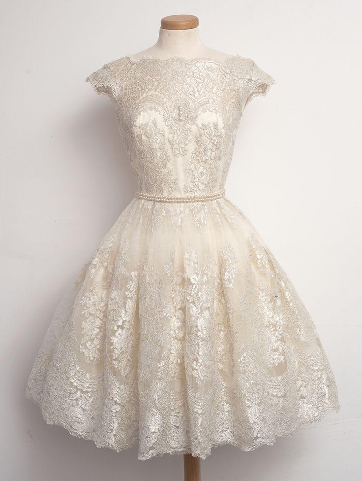 25  best ideas about Cream vintage dresses on Pinterest | Vintage ...