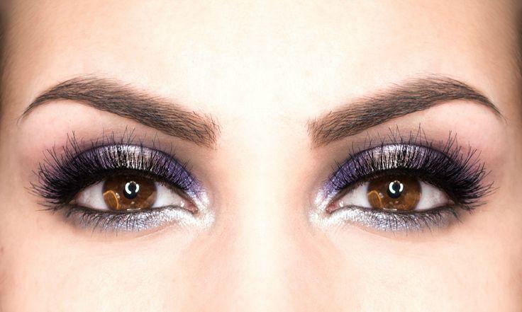 Вечерний макияж для карих глаз в фиолетовой гамме пошагово