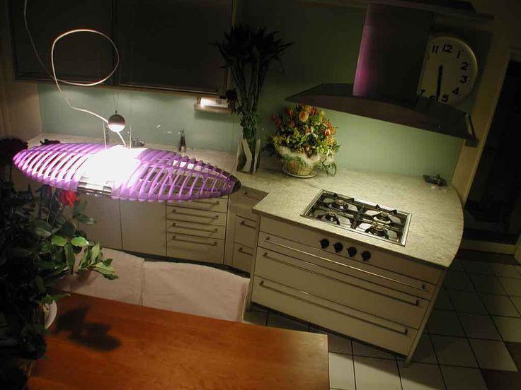 top cucina in Verde Spluga - realizzazione BlancoMarmo.it / Arredi realizzati da Oggetti.it / design by LauroGhedini.com
